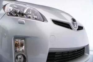 Toyota не собирается делиться гибридными технологиями с GM