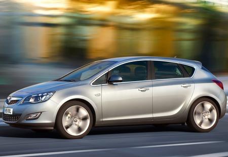 Opel рассказал о новом поколении хэтчбека Astra